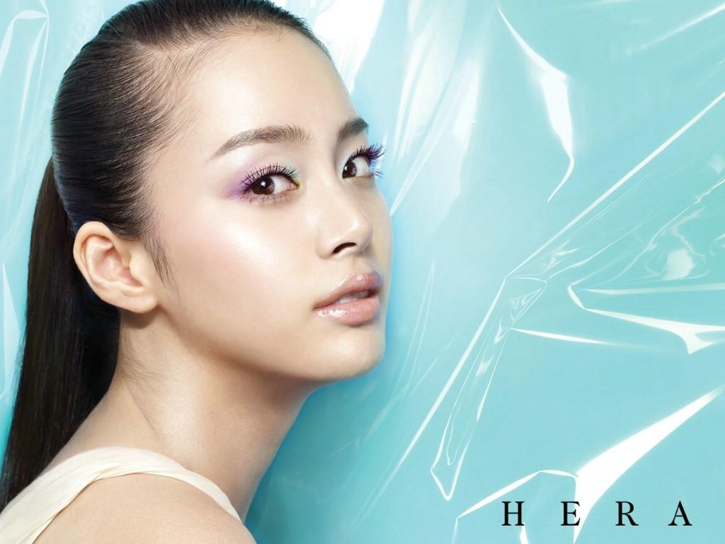 壁纸1024×768韩国hera化妆品广告明星代言壁