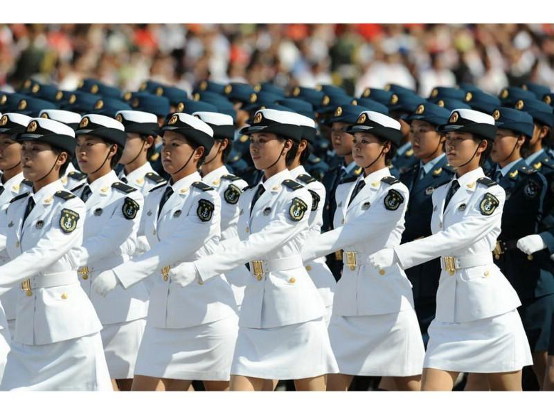壁纸800×6002009年国庆大阅兵女兵风姿壁纸 壁纸5壁纸 2009年国庆大阅兵壁纸图片军事壁纸军事图片素材桌面壁纸