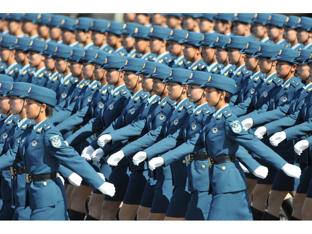 壁纸1024×7682009年国庆大阅兵女兵风姿壁纸 壁纸14壁纸 2009年国庆大阅兵壁纸图片军事壁纸军事图片素材桌面壁纸