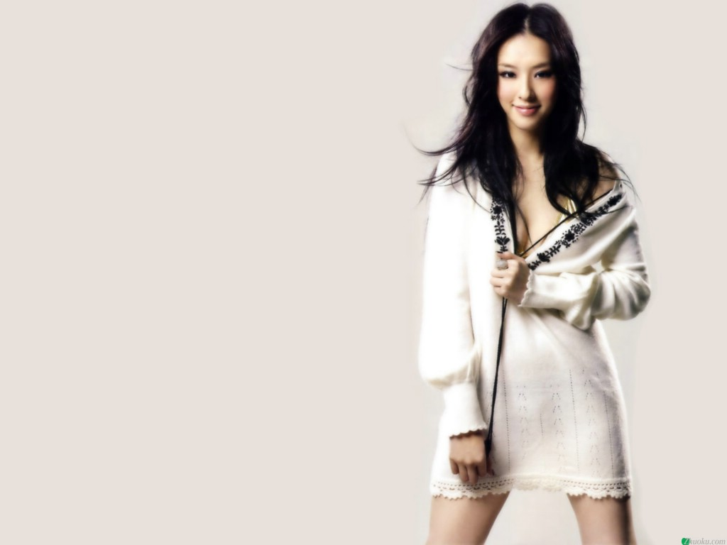 Tiffany Lee Net Worth
