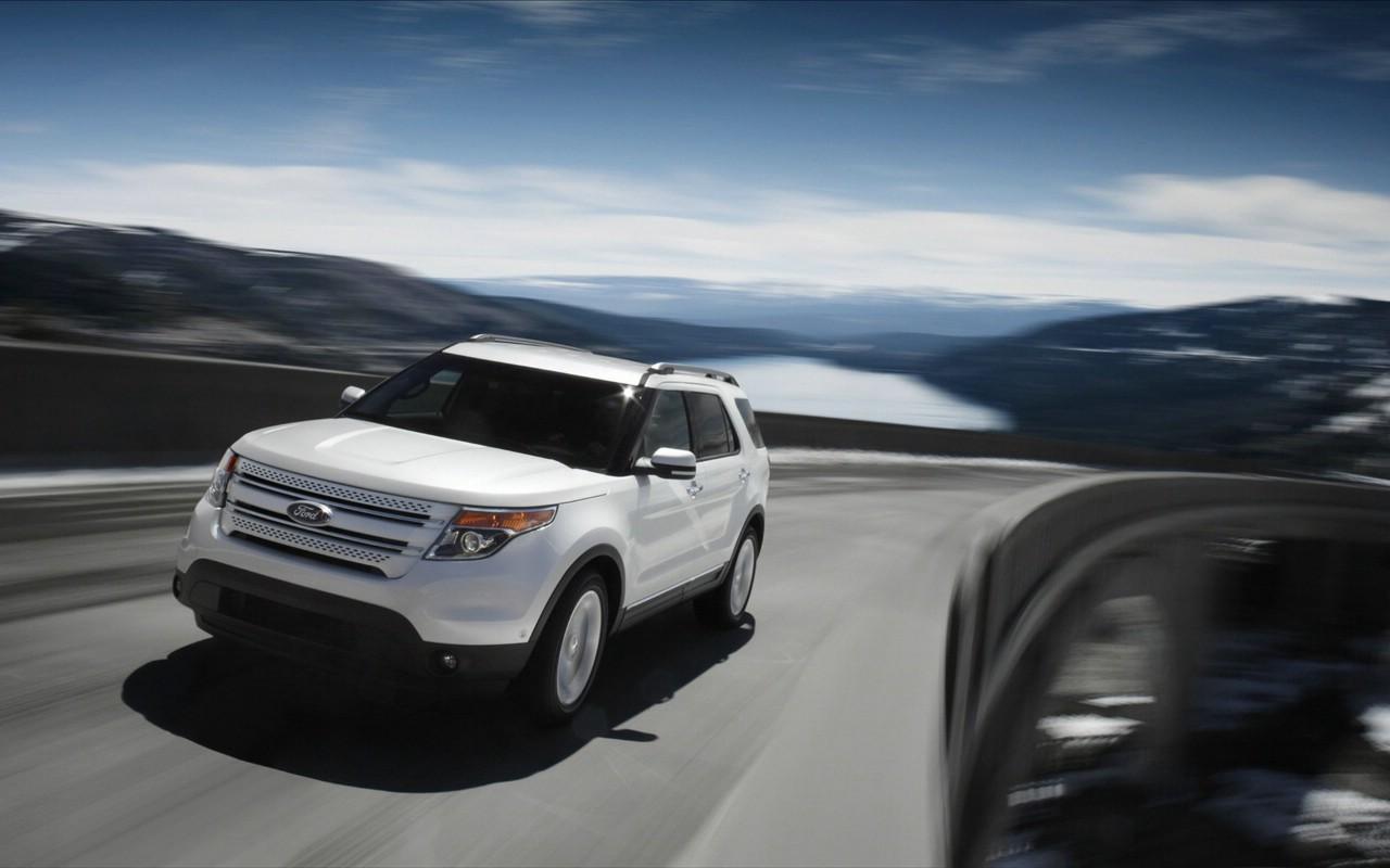 款色各异的福特汽车 ford explorer  高清图片