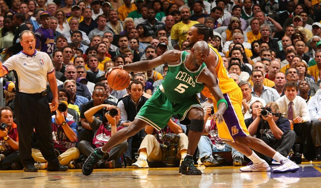 壁纸1024×600凯文 加内特 Kevin Garnett NBA球星 壁纸1壁纸 凯文・加内特 Kev壁纸图片体育壁纸体育图片素材桌面壁纸